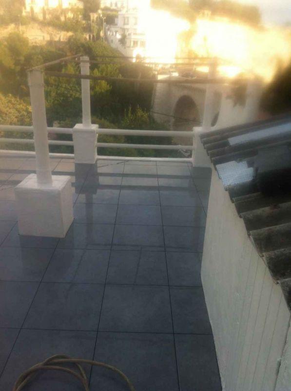 Etancheite d une terrasse sous protection dalles sur plots for Isolation terrasse carrelee